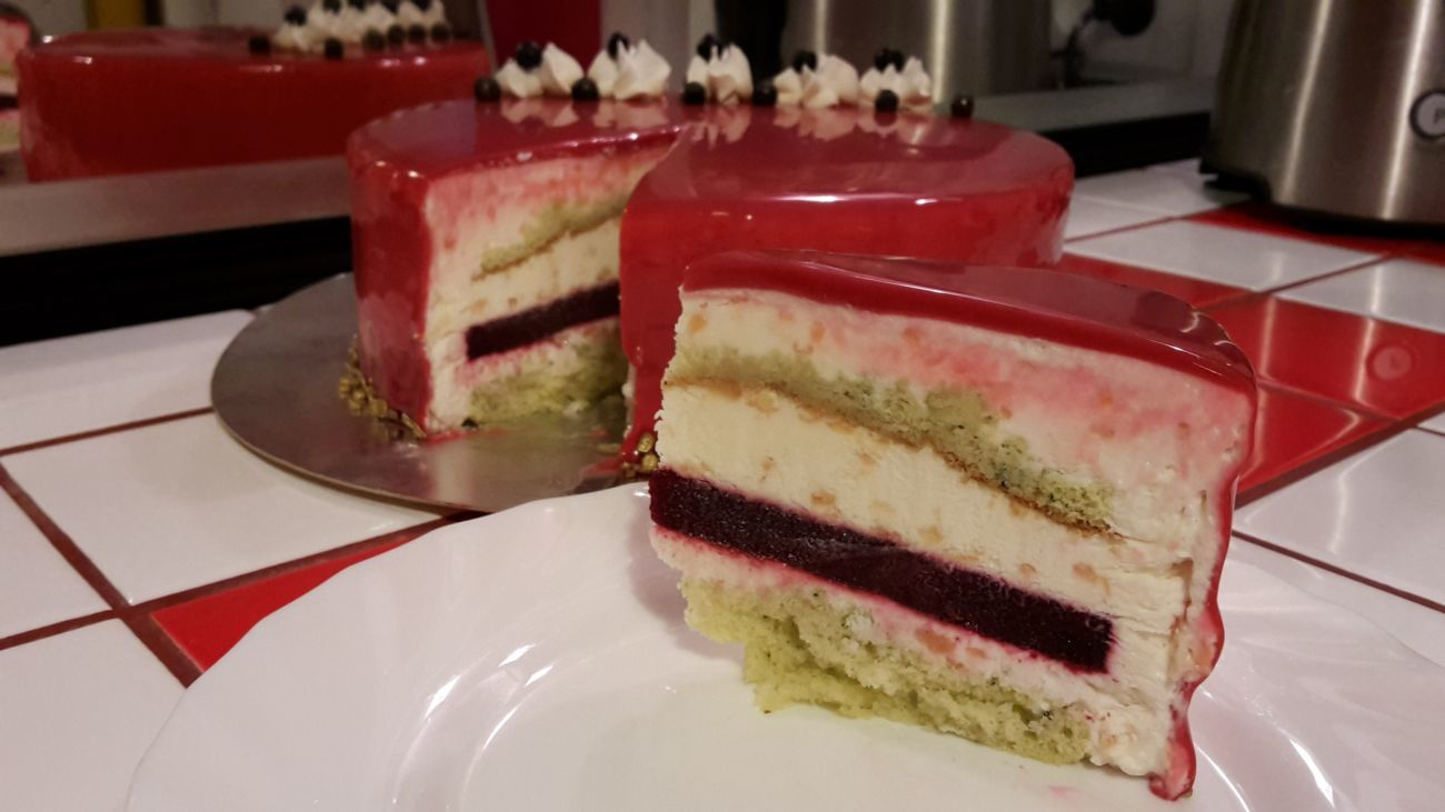 Муссовый торт Малина-мята.jpg